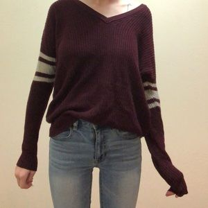 American Eagle maroon Sweater XS